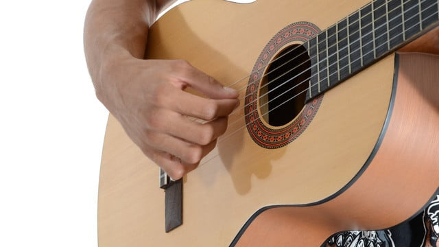 Learning to Play Guitar is Easy and Fun with These iOS Apps