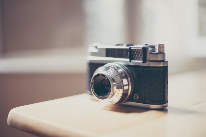 Photo Flashback camera