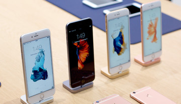 Surprise: New iPhones Aren't Selling as Well as Last Year's Models