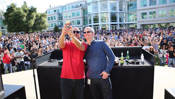 Apple celebrated its 40th birthday with a Beer Bash DJ'd by Zane Lowe