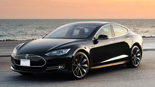 Apple reportedly poaches an important Tesla executive