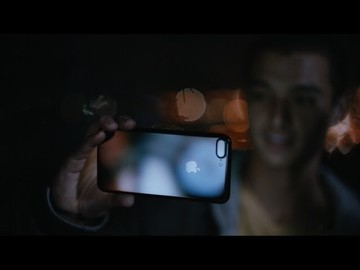 New iPhone 7 Ads Highlight Water Resistance and Dual-Lens Camera