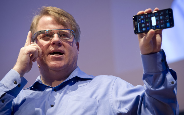 Robert Scoble wearing Google Glass