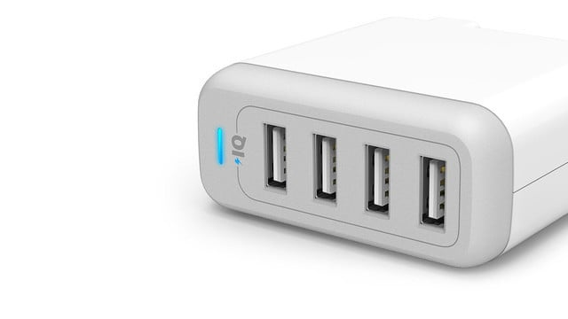 The Best USB Charger for an iPhone or iPad