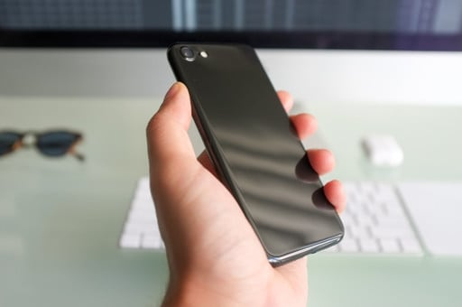 Turn Your iPhone Jet Black with this Beautiful $20 Ultra-thin Case
