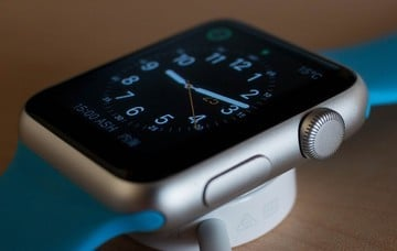 No, The Apple Watch Isn't Dead, Things Just Need to Change