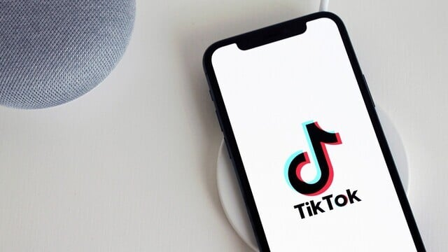TikTok and WeChat Remain on the App Store in the United States, For Now