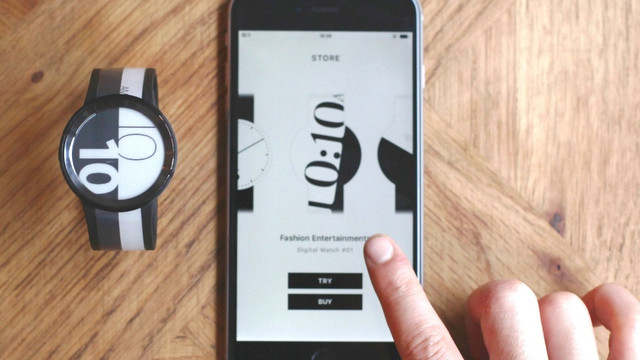 Sony's New Smartwatch Features An E-ink Display on Both the Watch and the Band